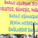 HDP Pankartı Tepkilere Yol Açtı