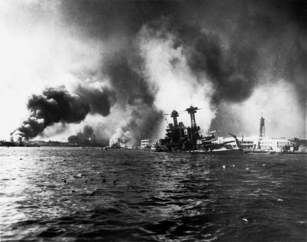 USS_California_sinking-Pearl_Harbor