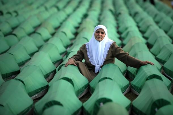 Srebrenitsa Katliamı, Bosna Hersek, 1995