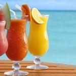 Yaz aylarının vazgeçilmezi; Taze meyve suyu