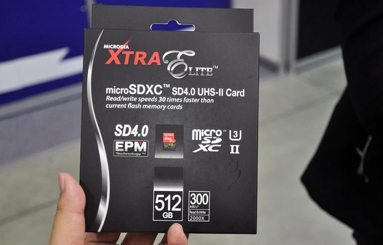 512GB'lık MicroSDCX Kart Tanıtıma Çıktı