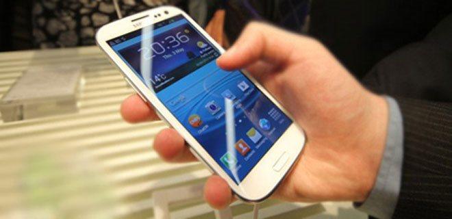 Samsung Marka Telefonu Olanlar Dikkat!