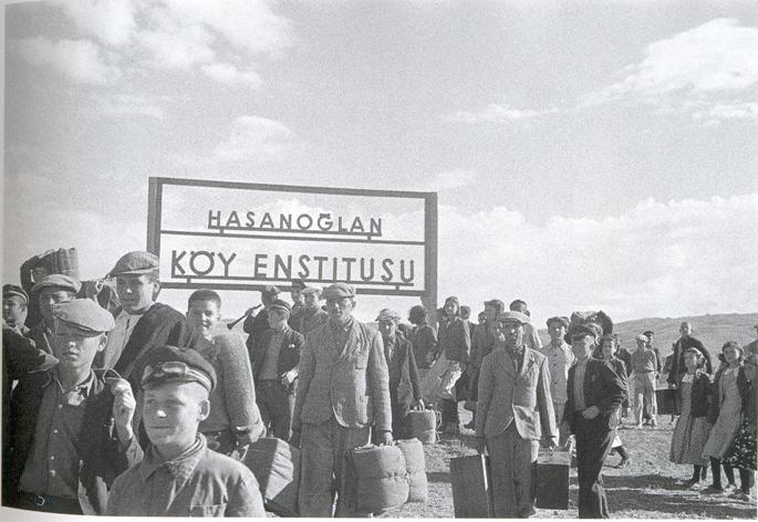 Hasanoğlan_köy_enstitüsü_tabelası