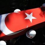 Diyarbakır'da hain saldırı: 1 asker şehit, 3 asker yaralı